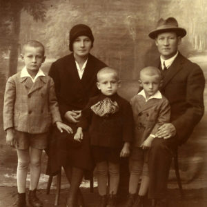Parents Elisabeta and Victor Băcilă and children Victor, Ioan and Emil in Blaj, 1930